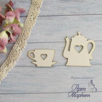 Чайник+чашка с сердцем  РАЗМЕР: 4х3,8 см и 3,4 х2 см