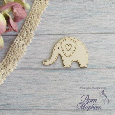 Слоник с сердечком. РАЗМЕР: 3,5х2,4 см