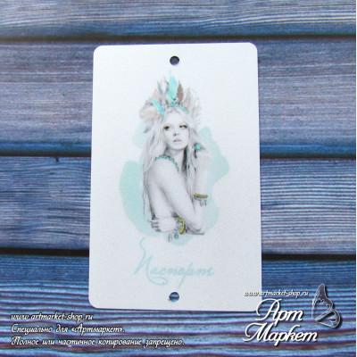 Карточка Девушка мята, Фон: перламутр светлый, покрытие: шагрень  РАЗМЕР: 8,6 х 5,5 см